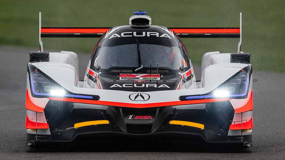 Acura DPi Prototype car on the Mid-Ohio Sports Car Course